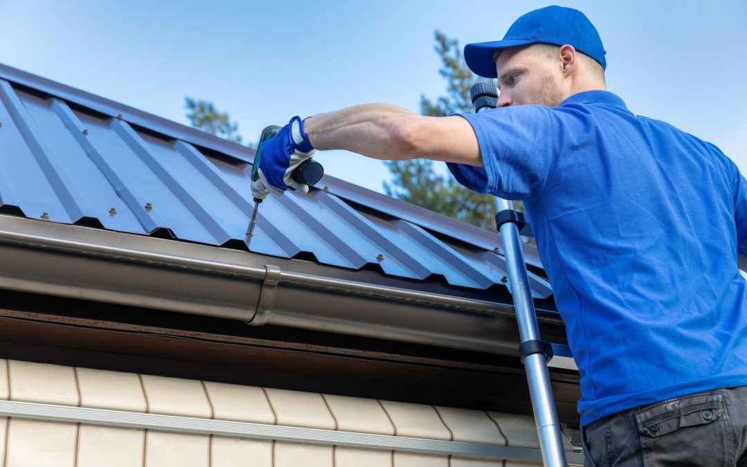 Metal Roof vs Shingles: 5 Factors to Consider When Replacing Your Roof